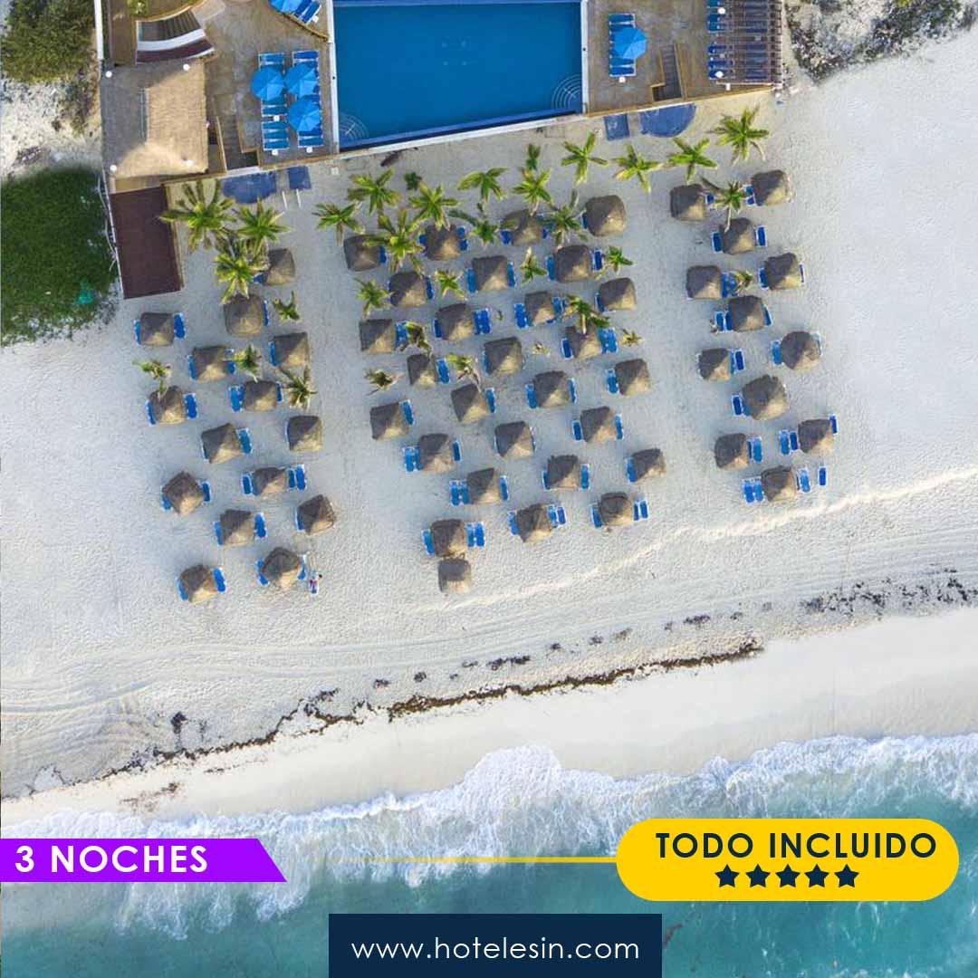 Seadust Cancún Family